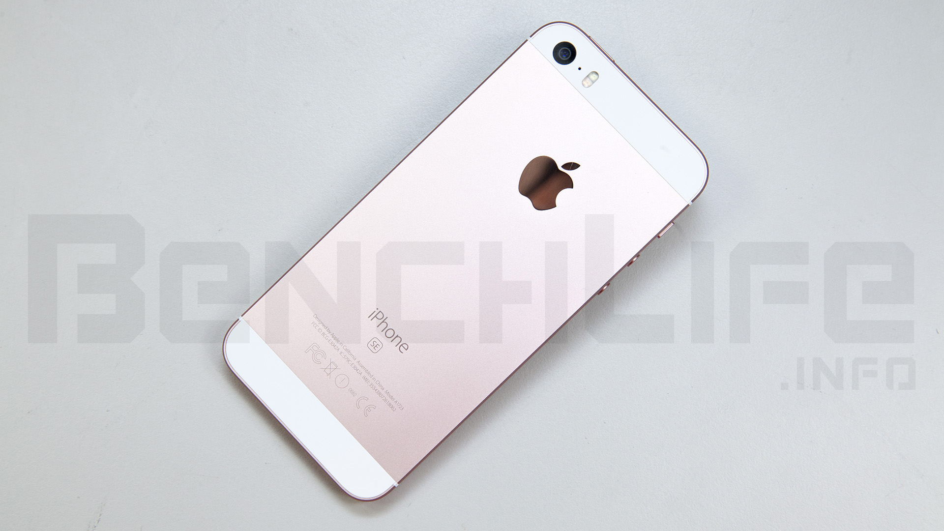 iphone se back