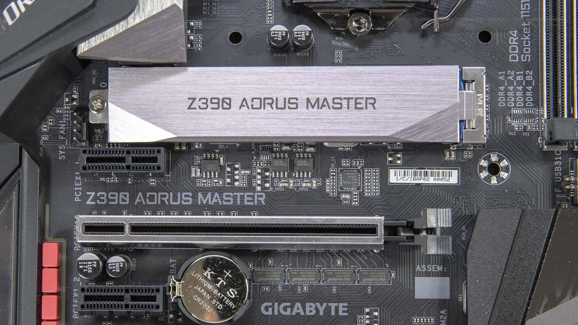 12 相供電設計非常有誠意,Gigabyte Z390 Aorus Master 動手看